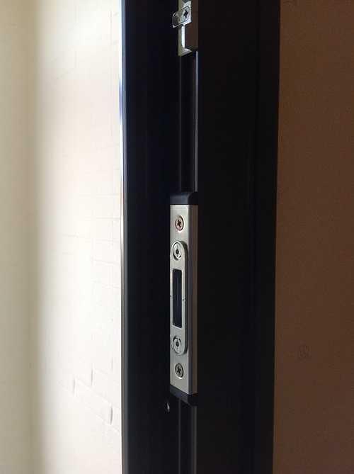 Porte d''entrée alu, avec nouvelles paumelles 3D - Bégard 1211