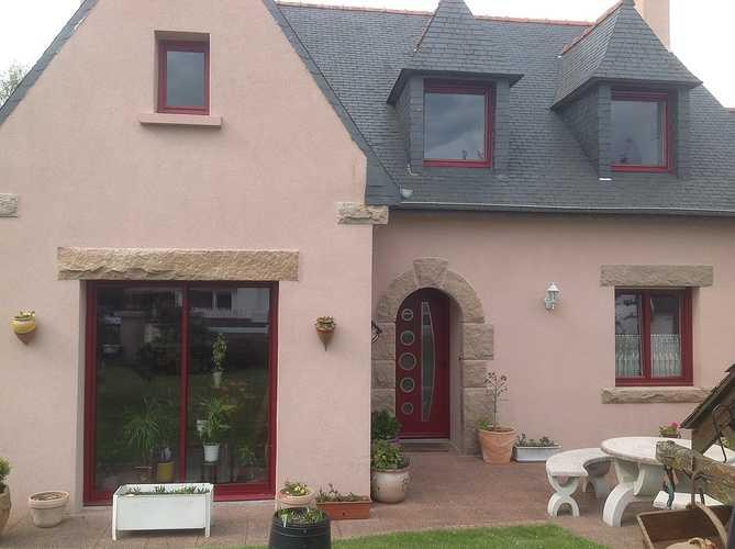Fenêtres et portes fenêtres alu rouge pourpre - Mantallot 656