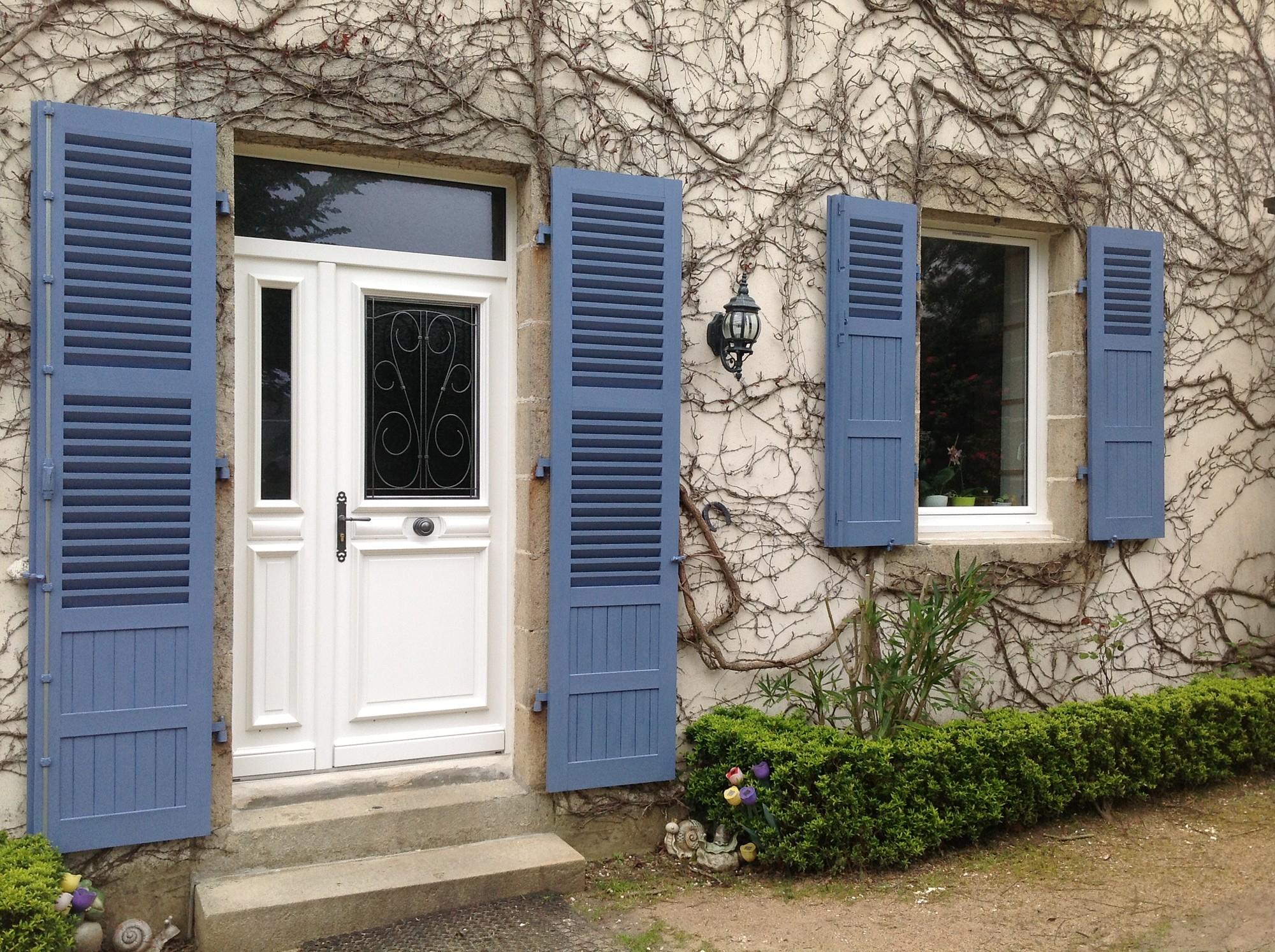 double porte d 39 entr e bois avec fer forg et impost plestin les gr ves. Black Bedroom Furniture Sets. Home Design Ideas
